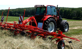 Kuhn-MountedTedder-Series.jpg