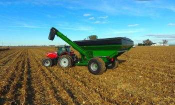 CroppedImage350210-60-series-Corner-Auger-Grain-Carts-1060-model.jpg