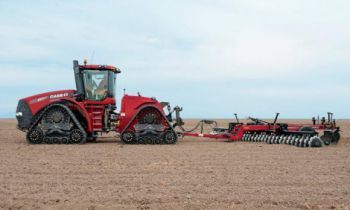 CroppedImage350210-CaseIH-Heavy-offset-Disk-790-plow-folding.jpg